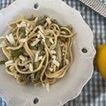 ספגטי עם ירקות ירוקים ברוטב לימוני